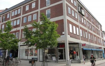Lebourne förvärvar två fastigheter i Enköping